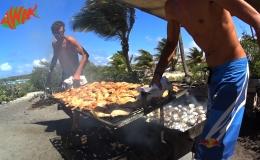 AWAK-Guadeloupe-excursion-Petite-Terre-les-grillades-au-barbecue