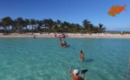 AWAK-Guadeloupe-excursion-Petite-Terre-le-débarquement-sur-la-plage-05