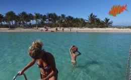 AWAK-Guadeloupe-excursion-Petite-Terre-le-débarquement-sur-la-plage-06