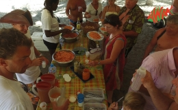 AWAK-Guadeloupe-excursion-petite-terre-barbecue-dejeuner