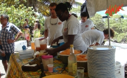 AWAK-Guadeloupe-excursion-petite-terre-dejeuner